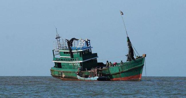 Myanmar'da tekne alabora oldu: 19 ölü