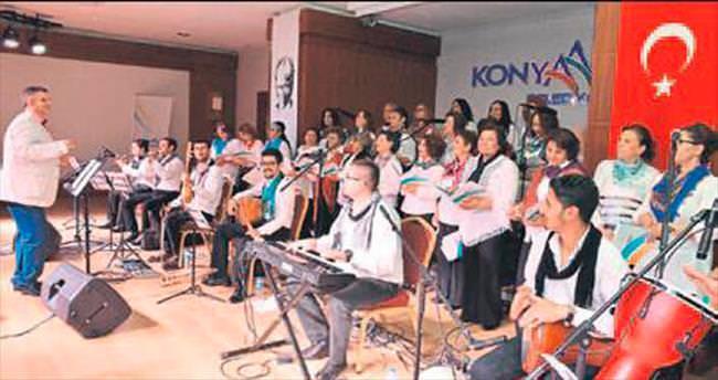 Kadın Korosu'nun büyüleyen konseri