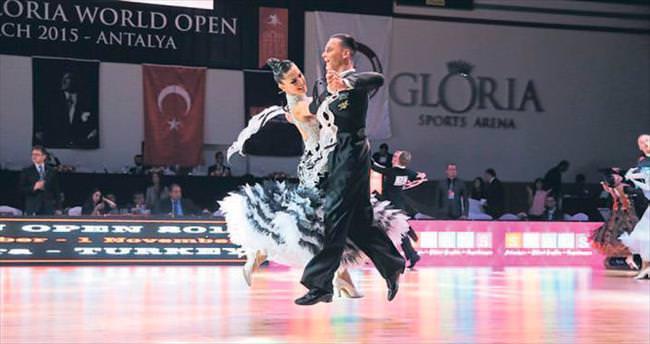 Dans ile turizme estetik katkı