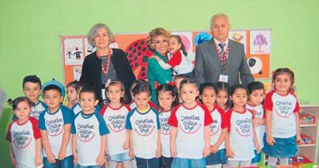 Gülben Ergen, 33. anaokulunu İzmir'de açtı