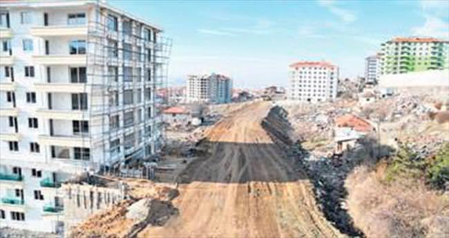 Altındağ'da 352 kilometre yeni yol açıldı