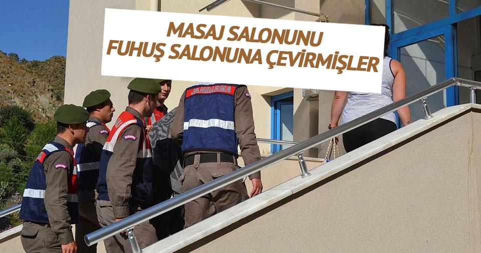 Masaj salonuna fuhuş baskınına 5 gözaltı