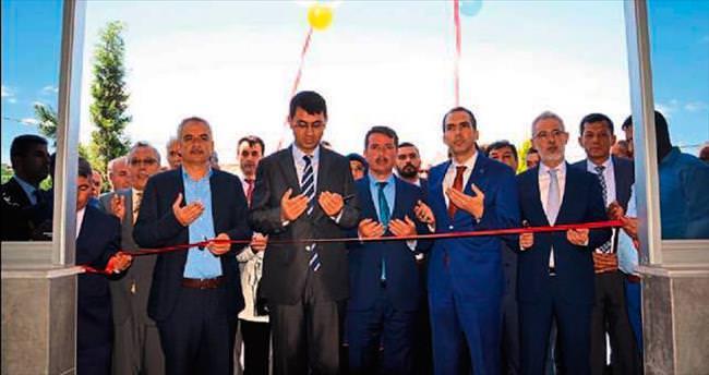 Türkoğlu'nda düğün salonu açılışı yapıldı