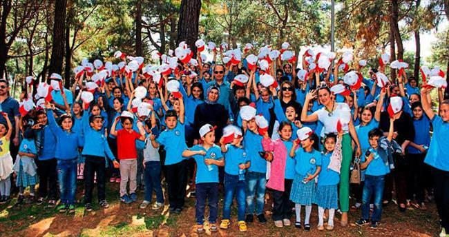 Dünya çocuklarının Antalya buluşması