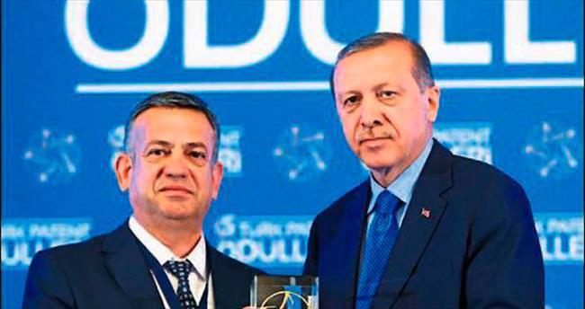 Merinos'un ödülünü Cumhurbaşkanı verdi