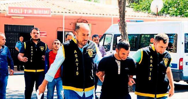 Adana'da bıçaklı gasp zanlıları yakalandı
