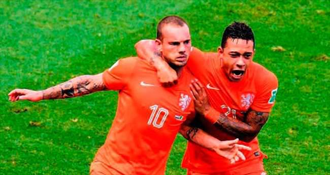 Muslera'dan sonra Sneijder de yok!