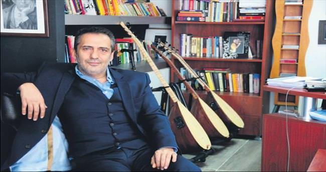 Yavuz Bingöl'den Pir Sultan Abdal türküleri...