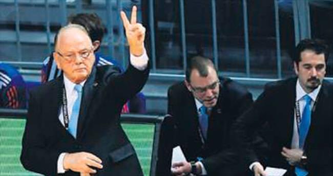 Fenerbahçe kazandı Ivkovic kovuldu