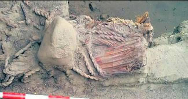 Peru'da 4500 yıllık mumya bulundu