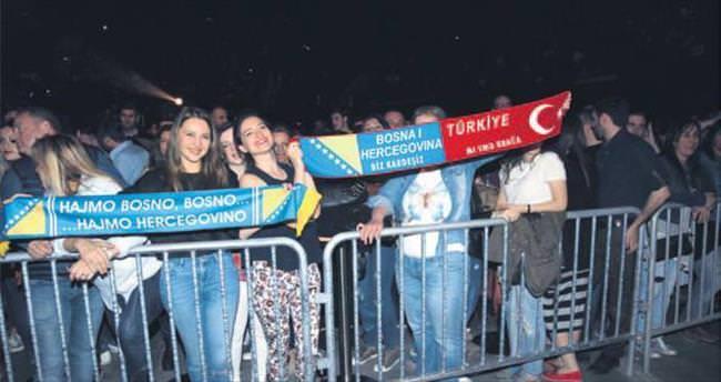 Boşnak mega stara İstanbul'da büyük ilgi