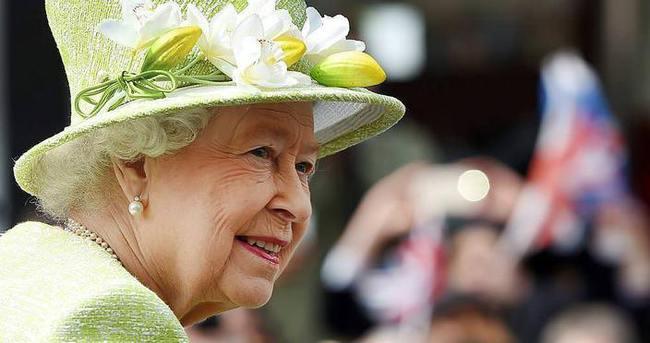 Kraliçe'nin aşk mektubu 60 bin TL'ye satıldı