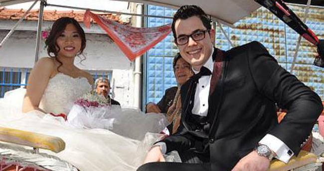 Hong Konglu geline Türk usulü düğün