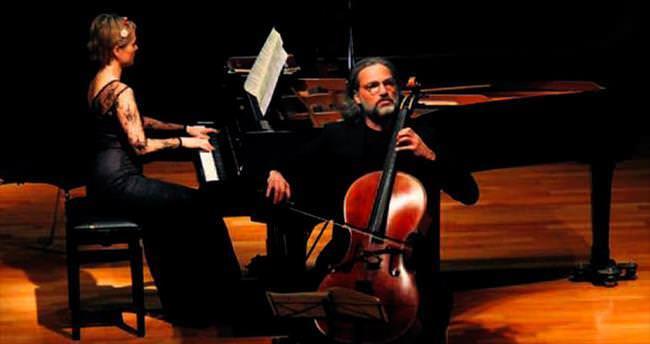 Çek sanatçılardan müzik ziyafeti