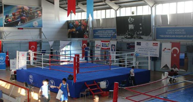 Antalyalı boksörler 6 madalyayla döndü