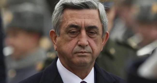 Ermenistan Cumhurbaşkanı Savunma Bakanı Yardımcısını görevden aldı