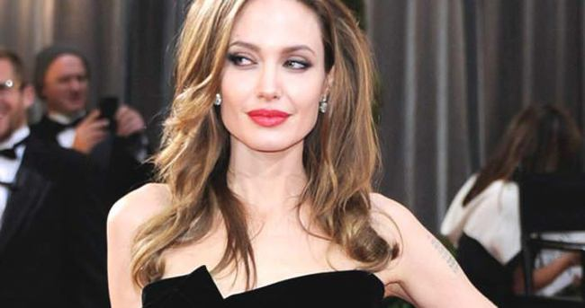 Angelina Jolie hakkında acı itiraf