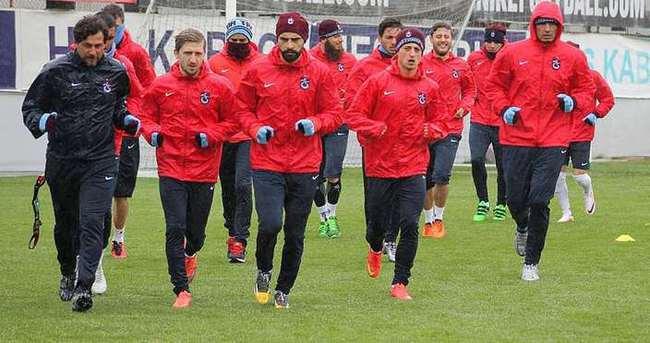 Trabzonspor'da 6 futbolcu takımdan ayrı çalışacak