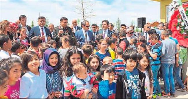 Yalvaç Masal Park çocukları bekliyor