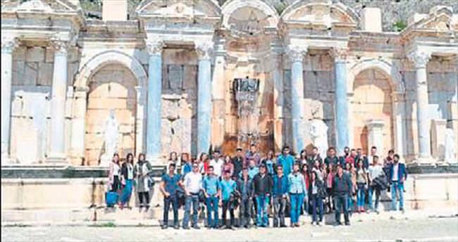 Turizm öğrencileri Sagalassos'u gezdi