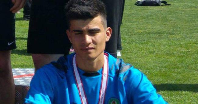 Genç futbolcu hayatını kaybetti