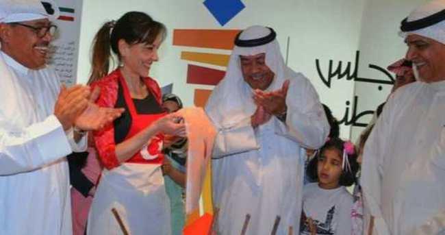 Ebru sanatını Kuveyt'e taşıdı