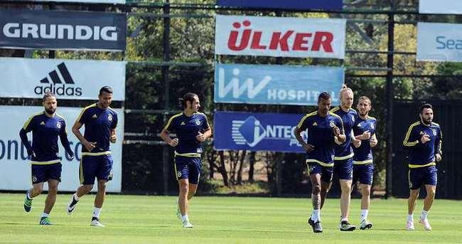 Fenerbahçe'nin 3 yıldızı takıma döndü