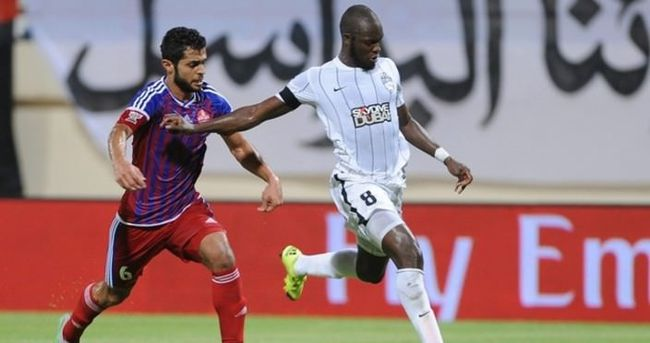 Sow'un forma giydiği El-Ehli, ligde şampiyon