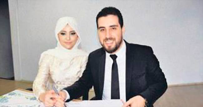 Ünlü türkücüye K.Hamam'da düğün