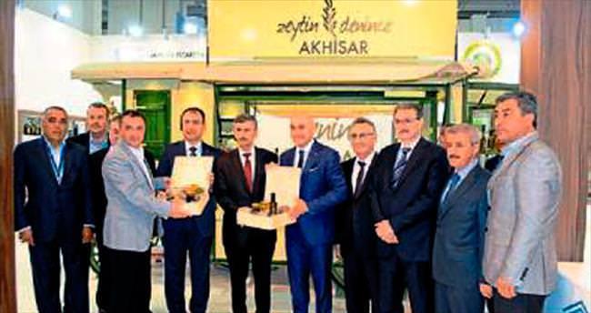 Toprak ve Bektaş'tan Akhisar'a tam not