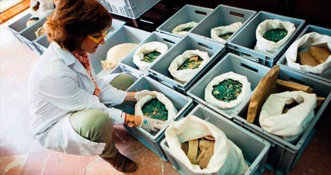 Boru döşeyen işçiler Roma hazinesi buldu