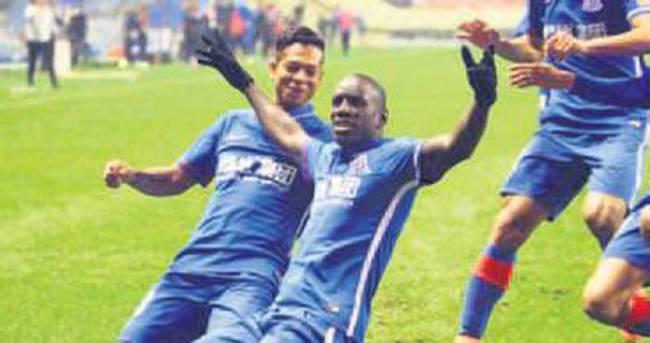 Demba Ba'nın büyük sınavı naklen A Spor'da