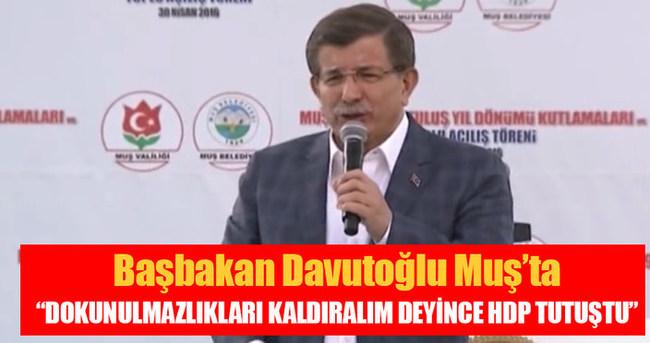 Başbakan Davutoğlu: HDP'nin paçası tutuştu
