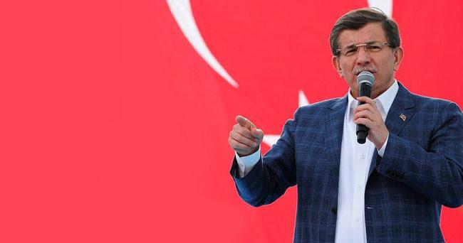 Başbakan Davutoğlu: Kazdığınız çukurlarda terör yapılanmanızı yok edeceğiz