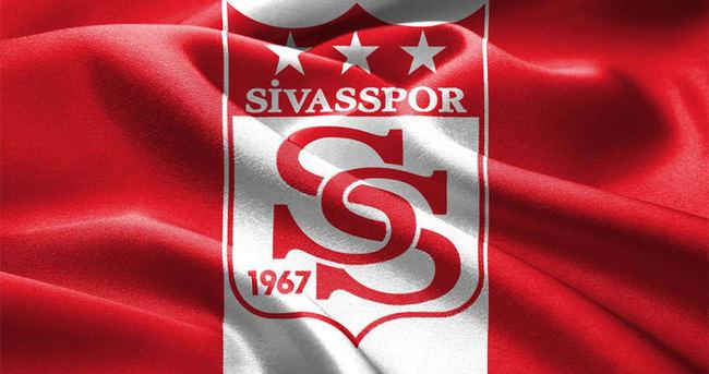 Sivasspor ve Akhisar'ın ilk 11'i belli oldu