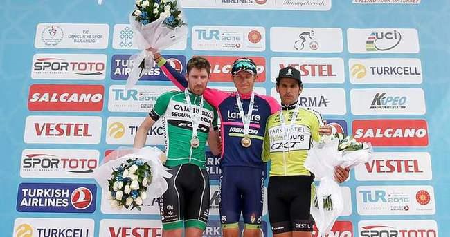 Bisiklet turnuvasını Caja Rural-Seguros kazandı