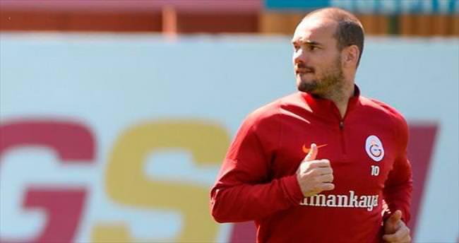 Sneijder yetişmiyor