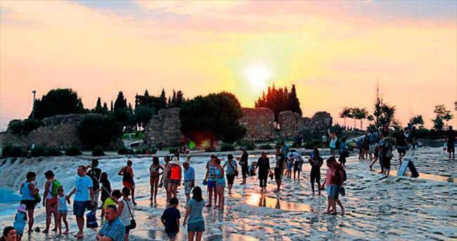 Pamukkale'ye turist çekme kampanyası