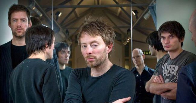 Radiohead kendini sildi!