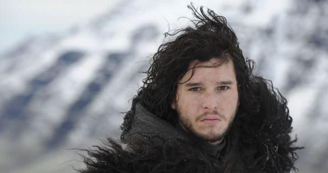 Jon Snow geri gelince yapımcı özür diledi