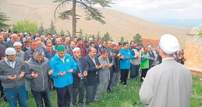 Kuraklık çeken Afşin'de yağmur duasına çıktılar