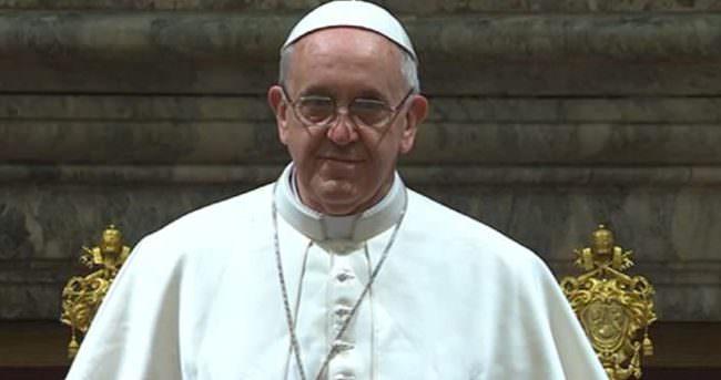 Papa sert çıktı!