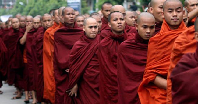 Myanmar'da Kurban ile ilgili görsel sonucu