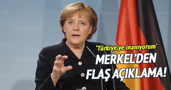 Merkel'den 'vizesiz seyahat' açıklaması!