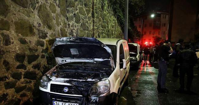 İstanbul'da 5 otomobil kundaklandı