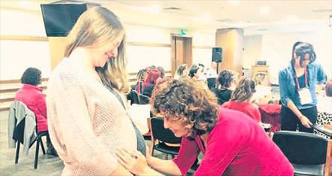 Hamile olan kadınlara stres semineri