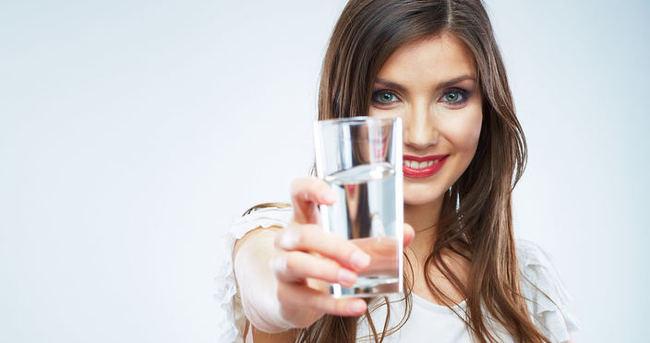 Her gün en az 1,5 litre su tüketin