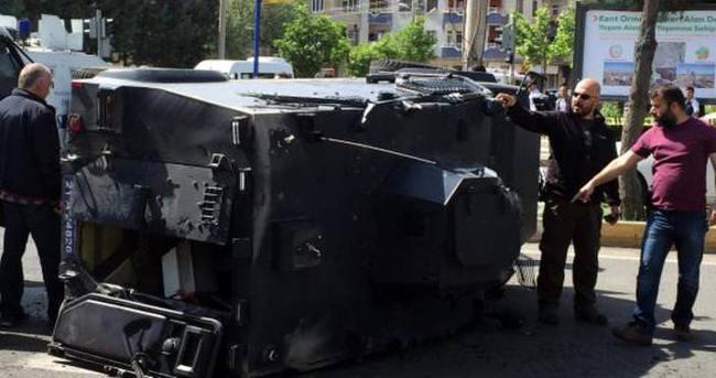 Diyarbakır'da zırhlı polis aracı takla attı: 4 yaralı