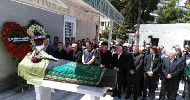 Romalı Perihan'ın cenazesinde büyük vefasızlık!
