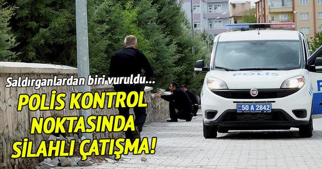 Polis kontrol noktasında silahlı çatışma!